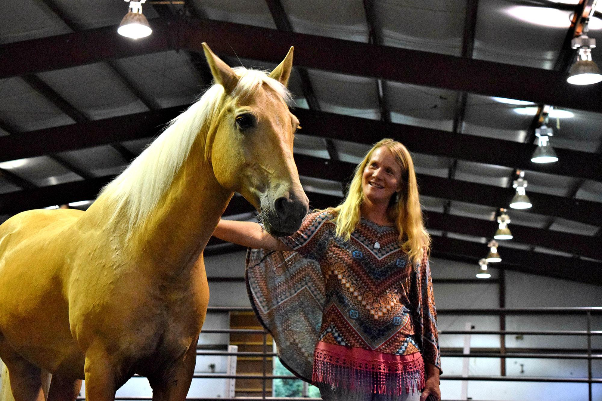 13_hands_equine-Anna-Twinney-Clinic-5